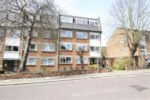 Sunbury Court Apartment to rent