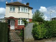 3 bedroom Detached house in Mays Lane, Barnet, Herts...