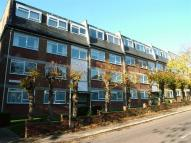 2 bedroom Flat for sale in Manor Road, High Barnet...