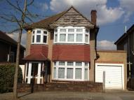 3 bed Detached home for sale in Cavendish Road, Barnet...
