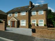 6 bedroom Detached house to rent in Greenacre Close, Barnet...