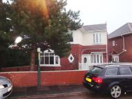 4 bed semi detached home to rent in Warwick Road...
