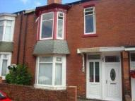 Flat to rent in Crofton Street...