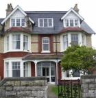 3 bed Flat to rent in Greenhill, Weymouth...