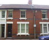 Terraced home to rent in Old Town
