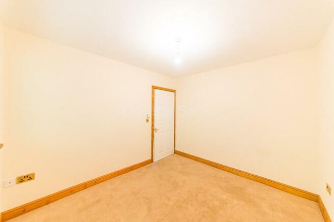 Dining room / Bedroom 1