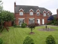 4 bed Detached house in Dunstall Road...