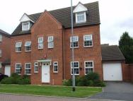 6 bedroom Detached home in Denyer Court...
