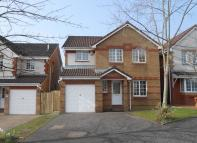 Porting Cross Place Detached Villa to rent