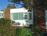 2 bed Bungalow for sale in Gurnard Pines...