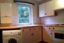 2 bed Ground Flat in Whitcombe Road...