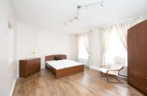 Apartment in Laleham House...