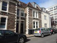 Flat in Clifton, Oakfield Grove...