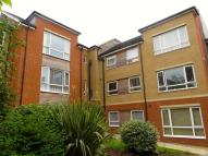 2 bed Flat for sale in Nags Head Hill...