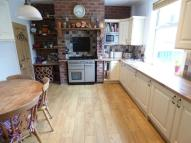 2 bed Terraced house in Liversedge Hall Lane...