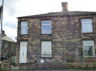 2 bed Terraced home to rent in Union Road, Liversedge...