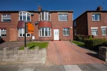 2 bed Apartment in Laing Grove, Wallsend...