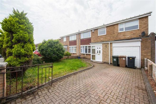 4 Bedroom Semi Detached House For Sale In Andover Place Hadrian