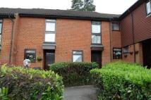 house to rent in Montrose Close...