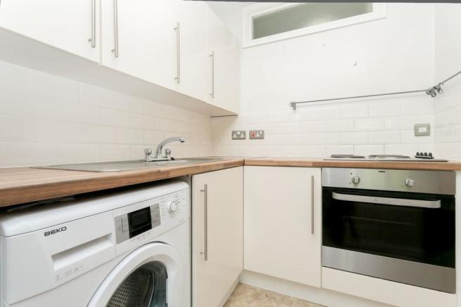 Open plan kitchen li