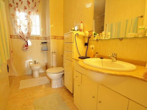 4 bedroom detached villa for sale in Benijofar, Alicante, Valencia ...