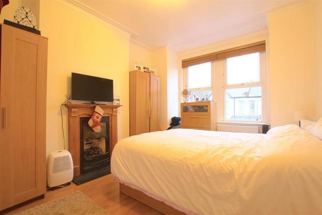 9a Seaford Road_ Bedroom2.jpg