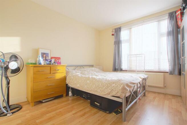 26 Princes Road_ Bedroom1.jpg