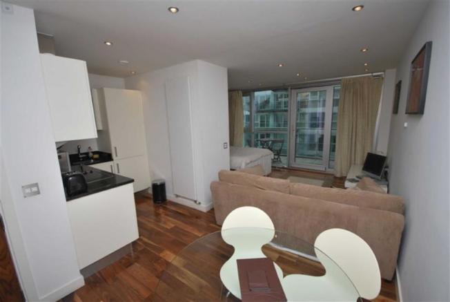 Studio Flat To Rent In The Edge Clowes Street Manchester