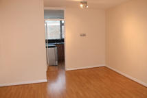 Flat to rent in Markfield Gardens...
