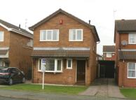 Detached property in Leybourne Crescent...