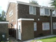 Flat to rent in 45 Newlands Close...