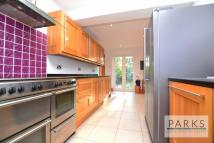 4 bed Detached house in Woodland Avenue, Hove...