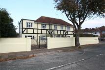 4 bed Detached house in Hailsham Road...