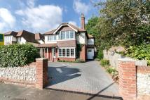 4 bed Detached house in West Avenue, Worthing...