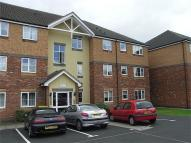 2 bed Flat to rent in Tudor Close...