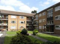 3 bed Flat to rent in Penns Lane...