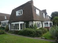 Flat to rent in KINGSDOWN HILL