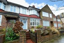 4 bed Terraced house in Patterson Road...
