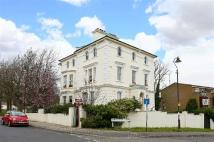 1 bedroom Flat in Belvedere Road...