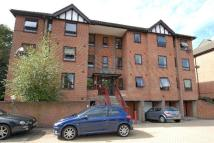 2 bedroom Flat to rent in Crystal Palace Parade...