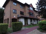 1 bed Flat to rent in Orchard Grove, Anerley