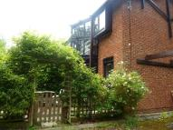 property to rent in Spinney Gardens...