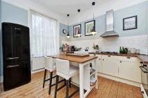 Flat for sale in Alexandra Drive...
