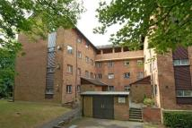 Flat in Campion Close, Croydon