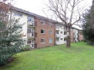 Flat to rent in Radcliffe Road, Croydon