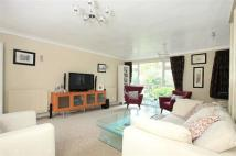 4 bedroom Terraced property for sale in Turnpike Link, Croydon