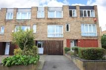 3 bed Terraced house in Turnpike Link, Croydon