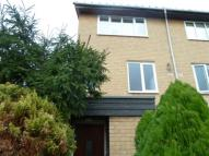 Flat to rent in Bardsley Close, Croydon
