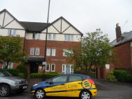 2 bed Flat in Romsey Court Howard Road...