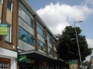 Flat to rent in London Road, Southampton...